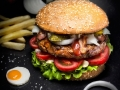 011 Burger_Retuched